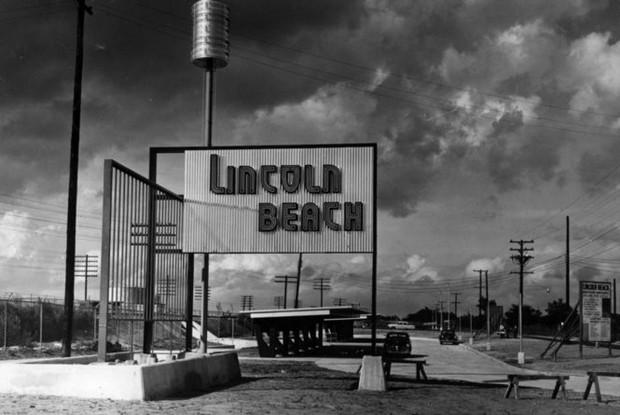 Lincoln Beach sign